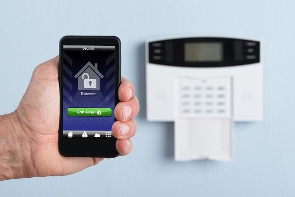 systeme alarme et téléphone intelligent